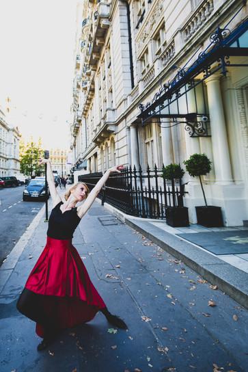 dancer-charing-cross.jpg