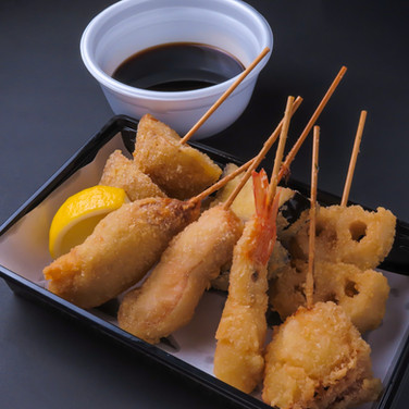 【ディナー限定】串揚げ(出汁ソース付き)