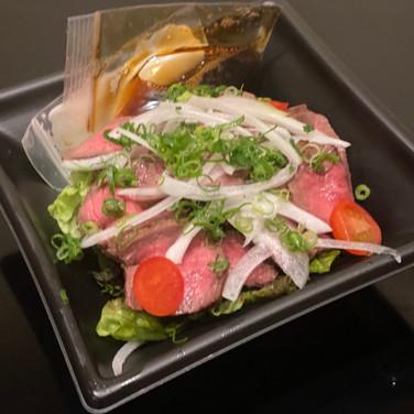 【ディナー限定】国産牛のローストビーフサラダ