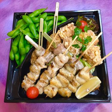 国産串焼きと鶏の唐揚げセット