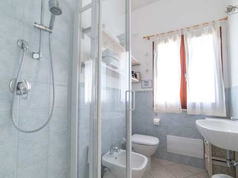 Huis_Sardinie_strand_Ginepro_badkamer (1