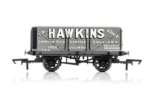 R6875 7 Plank Wagon 'Hawkins'