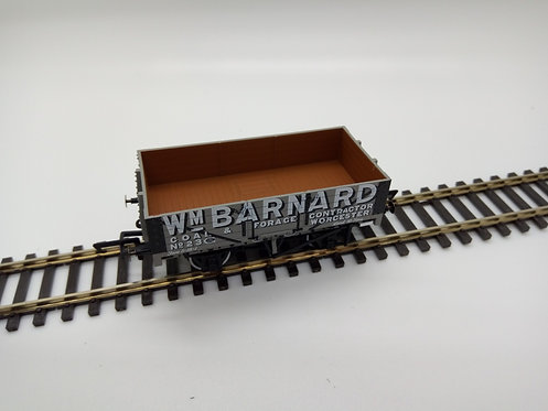 Oxford Rail OR76MW5004 5 Plank Wagon Wm Barnard Worcester 23