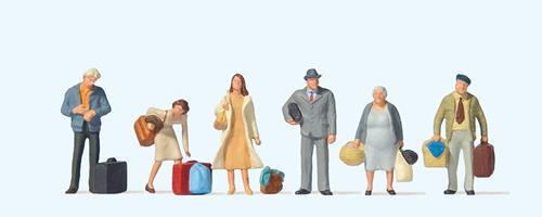 73001 Waiting Passengers (6) British OO Scale Figure Set
