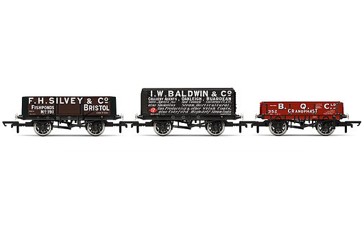 R6882 Plank Wagons - Three Pack