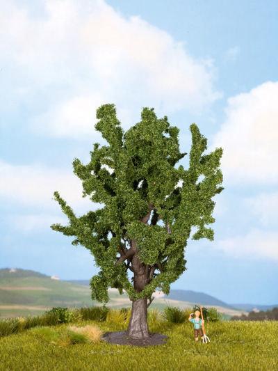 Oak Classic Tree 15cm