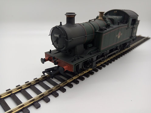 32-083A GWR 56xx BR Late Green Crest (Lined) Weathered