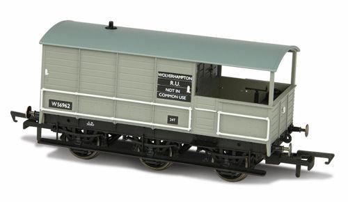 Oxford Rail OR76TOA004 Toad Brake Van BR 6 Wheel Plated Wolverhampton 56962