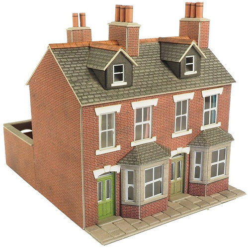 PO261 Houses in red brick