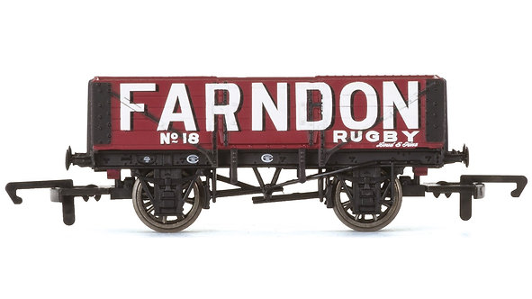 R6749 5 Plank Wagon, Farndon