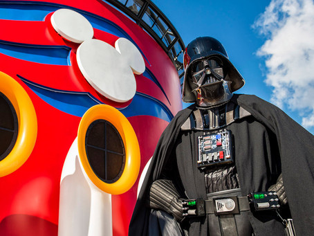 What Star Wars Fans MUST Do During Star Wars Day at Sea