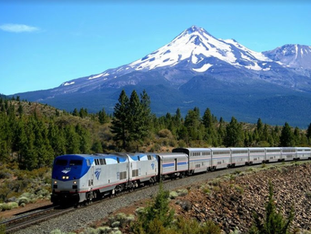 4 Reasons to Take a Vacation by Rail