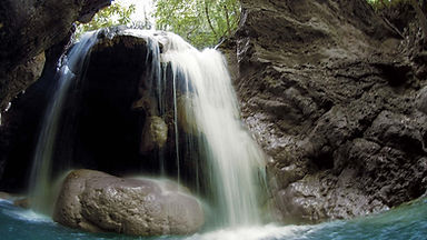 _Media_Default_Gallery_Site_Waterfall-in