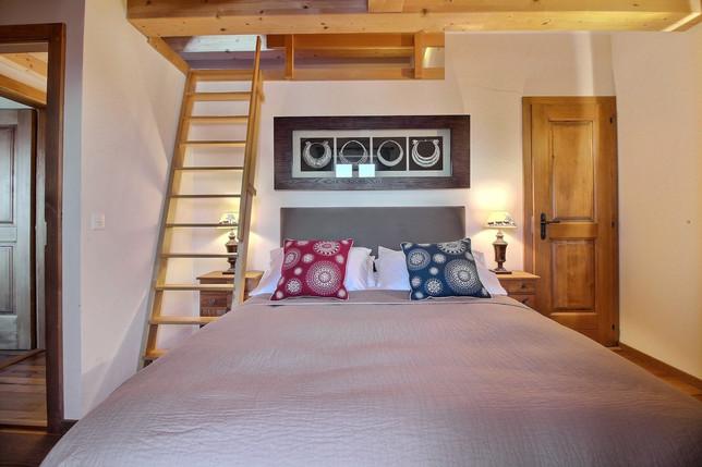 Kingsize bedroom 2 with ensuite shower room