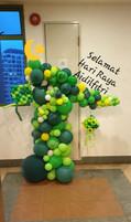 Balloons Column