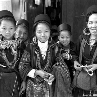 Black Hmong Women, Sapa, 2006