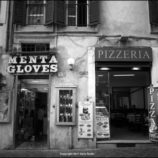 Shops, Piazza della Rotonda, Rome, 2017