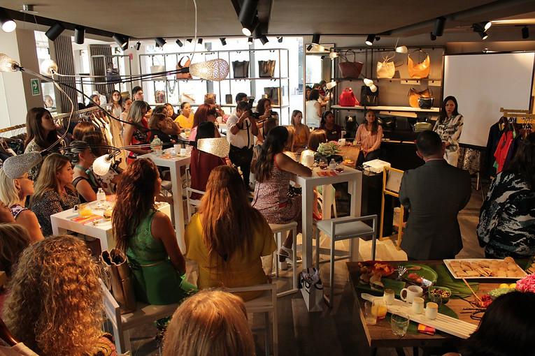 Adolfo Domínguez Boutique Fashion Harbour