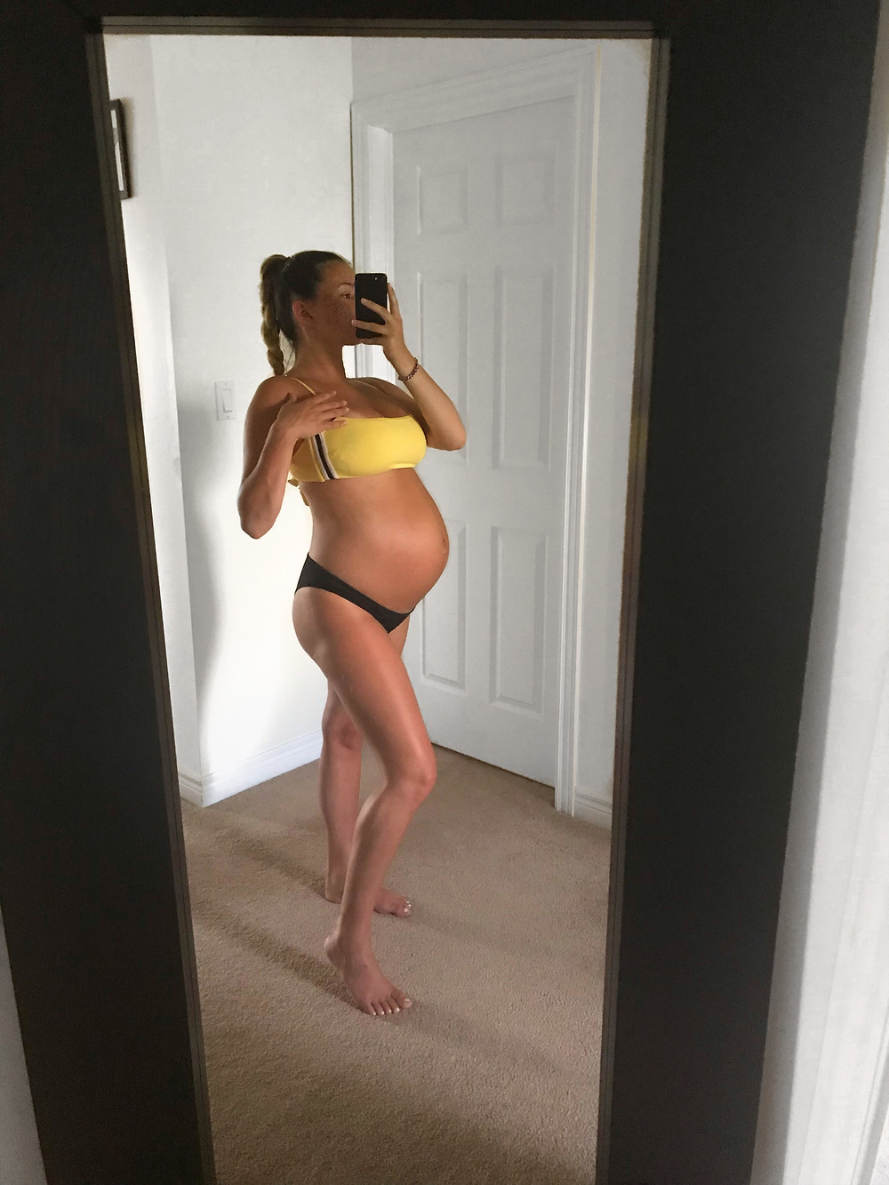 summer bump, first time mom, pregnancy style, pregnancy glow, young mom