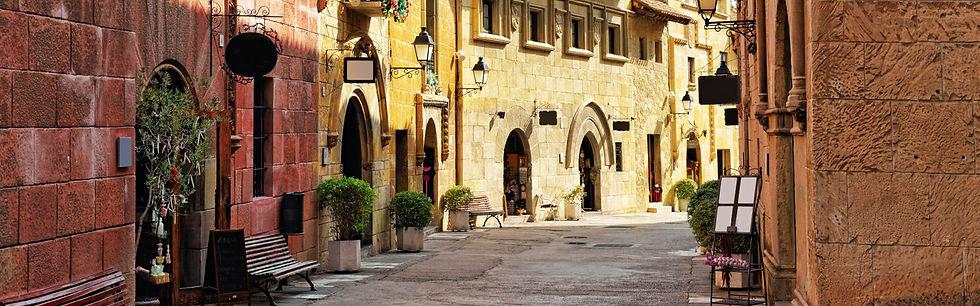 Barcelona-streets-honeymoon-1600x500-cc.