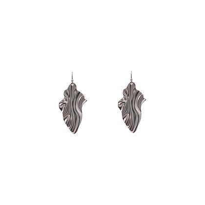 Leaf Wave Drop Earrings