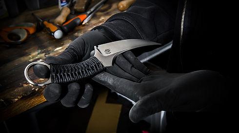 bastinelli_knives.jpg