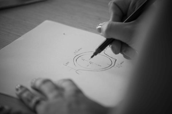 mani_disegnano-kabura