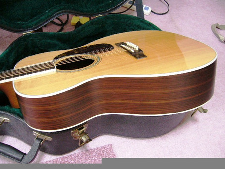 ギターは3本必要です。その3種類とは?