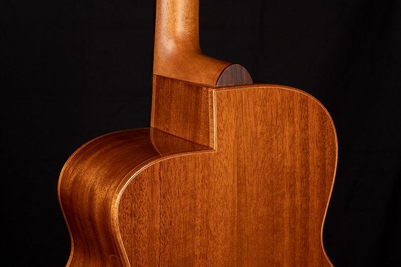 ベーデンギター 総単板の手工ギター ベイデン BadenGuitars