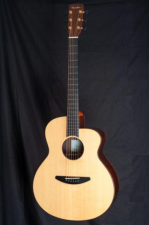 ベーデンギター Badenguitars ASR シトカとローズウッドのベーデンギター