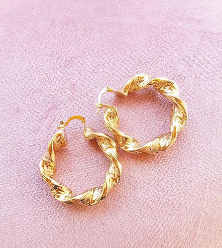 CUTE BABE - Hoop Earrings