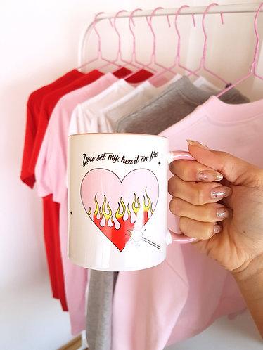 SET MY HEART ON FIRE - CANECA