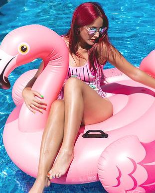 boia-insuflavel-gigante-flamingo-vanilla