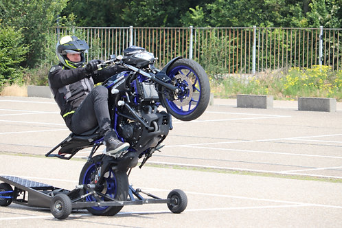 Wheelielesson Den Bosch (NL) 11-04-2020 Mid-day