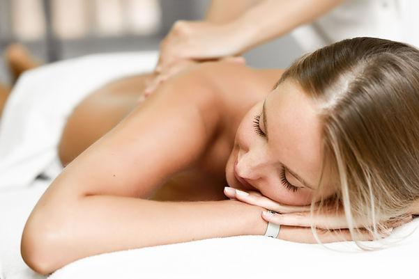 massagem relaxante em condomínios e hoteis