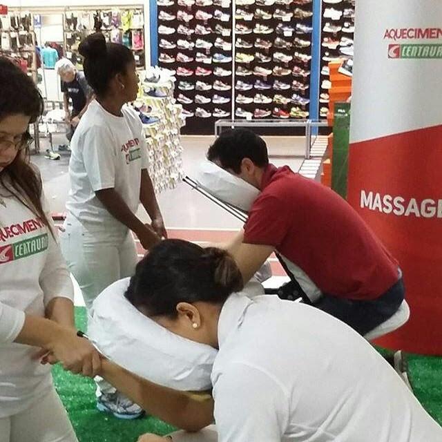 massagem-ação-promocional-loja-min.jpg