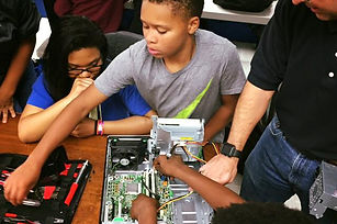 STEM and technology at the boys & girls club