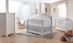 Cristallo Crib by Pali
