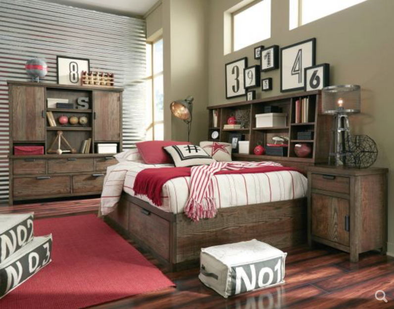 Fulton County Lounge Bed in Tawny Brown