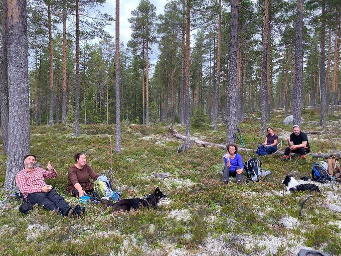 Fika in de Zweedse bossen.jpg