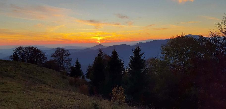 Zonsondergang in Slovenië.jpg