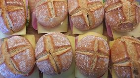Vers gebakken broodjes.jpg