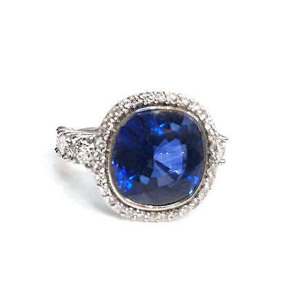 Cushion Sapphire With Halo