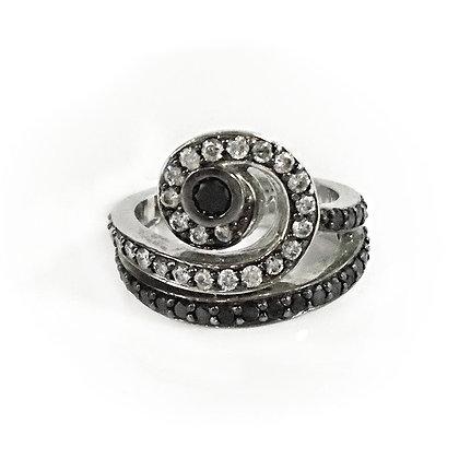 Black Diamond Swirl Ring