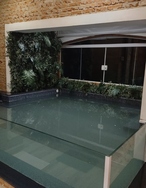 adorai-chals-grand-chal-piscina.jpeg