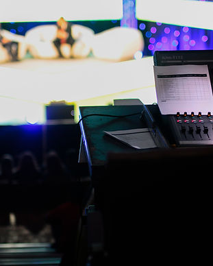 audience-mixer-production-24069.jpg