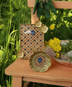 mia-poppy-photo-frame-mini-doing-goods-1.20.12.022.921.1-RvdK-summer21-WEb-mia-poppy-photo