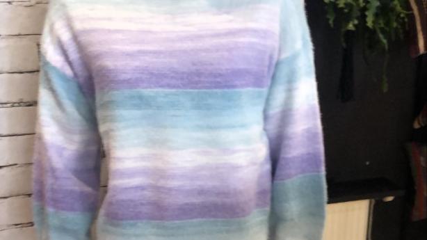 Heerlijke zachte pastel knit in twee kleuren!
