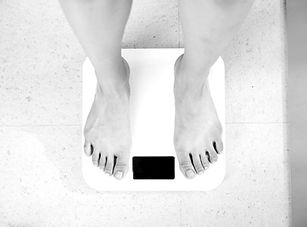Hypnose pour arrêter de grignoter, moins manger, maigrir et perdre du poids à Vincennes (94) à 5 min de Paris 12 et Paris 20
