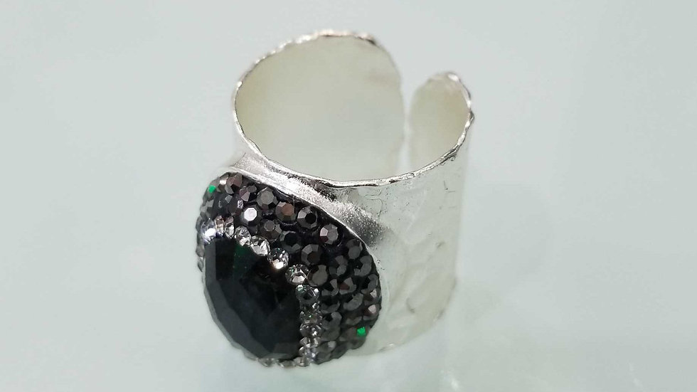 Labradorite cuff ring with crystals. Brass